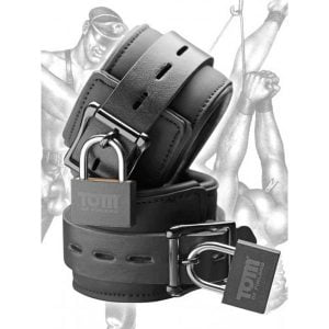 Neoprene wrist cuffs w/ locks
